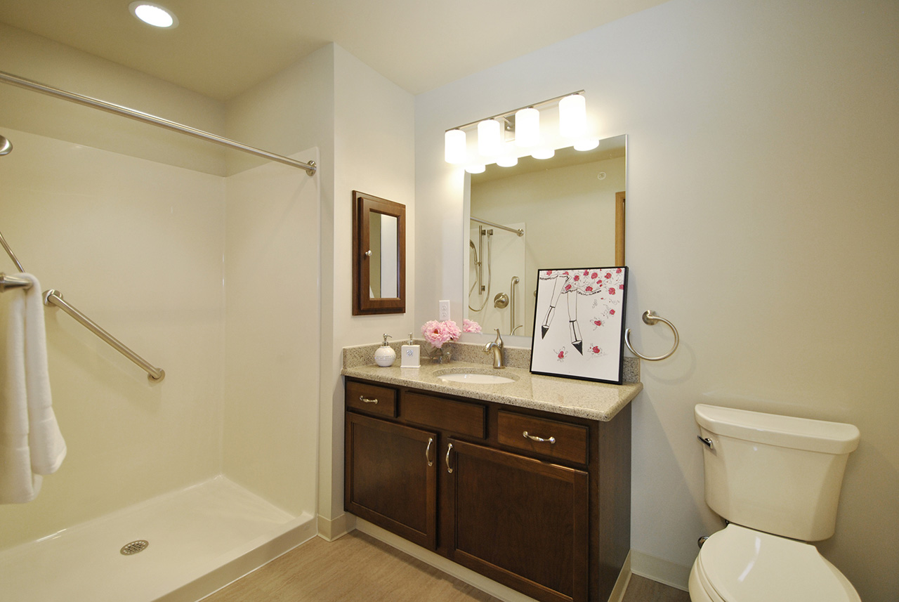 Bathroom of Grandhaven Manor apartment