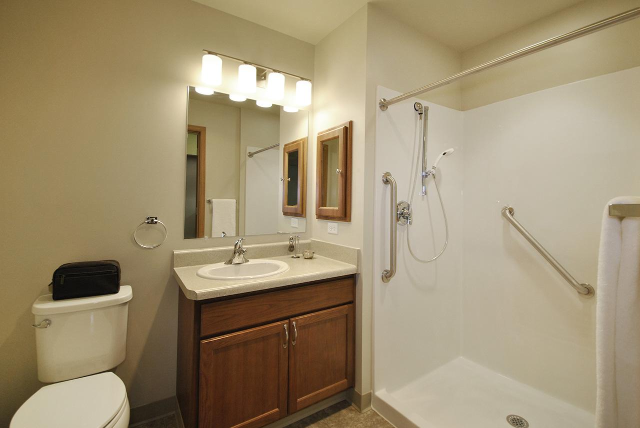 Grandhaven Manor bathroom