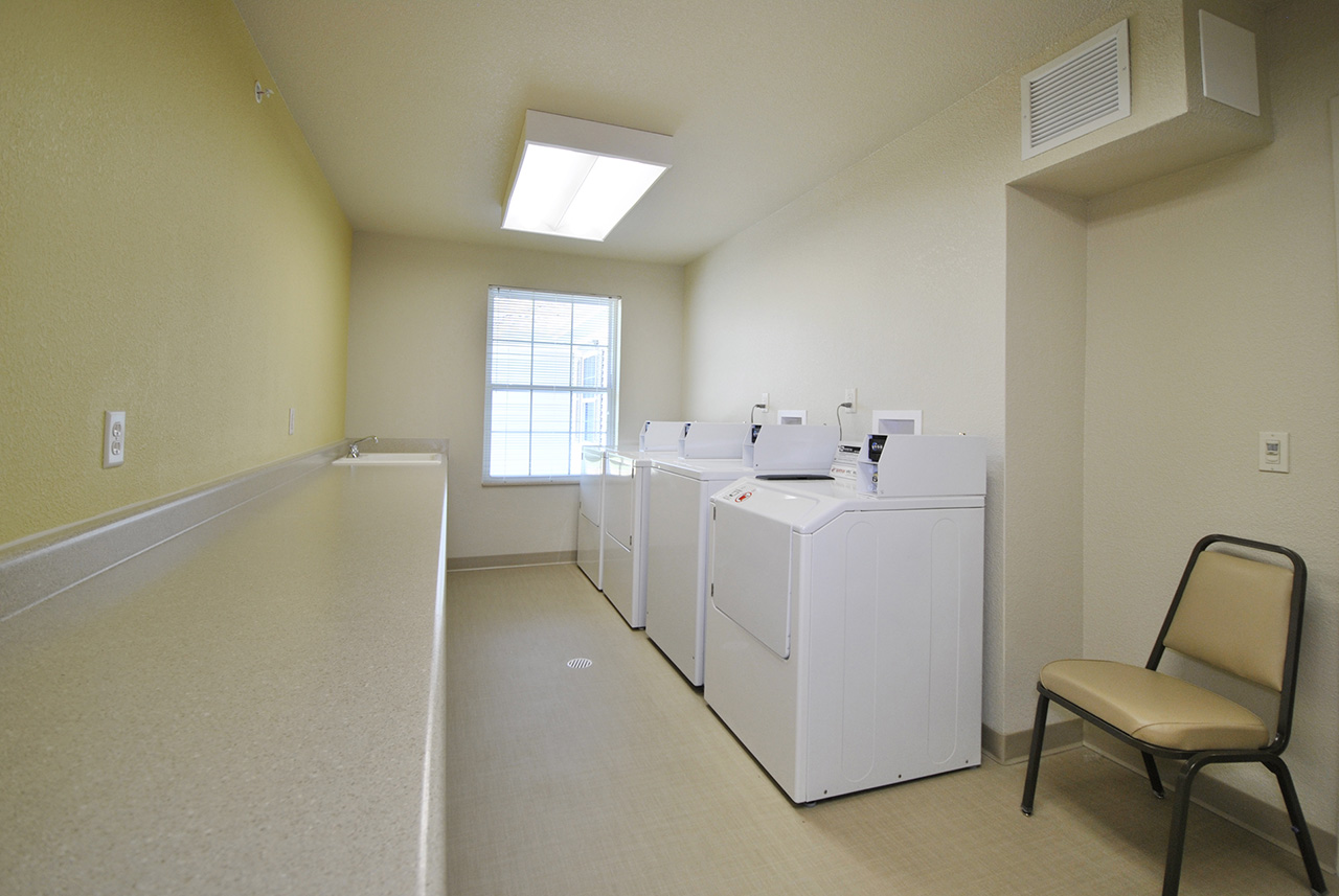 Washer and dryer at Grandhaven Manor