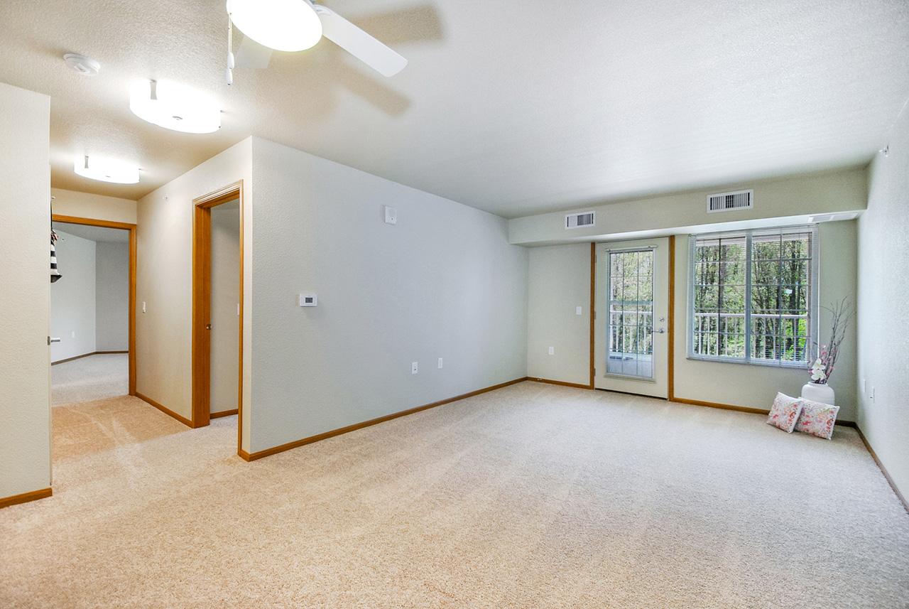 Grandhaven Manor empty interior living space