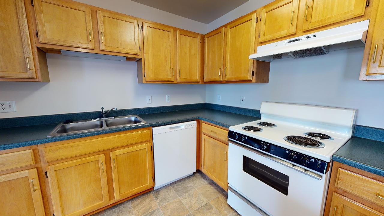 Haven-Cottage-w-Garage-Kitchen-2