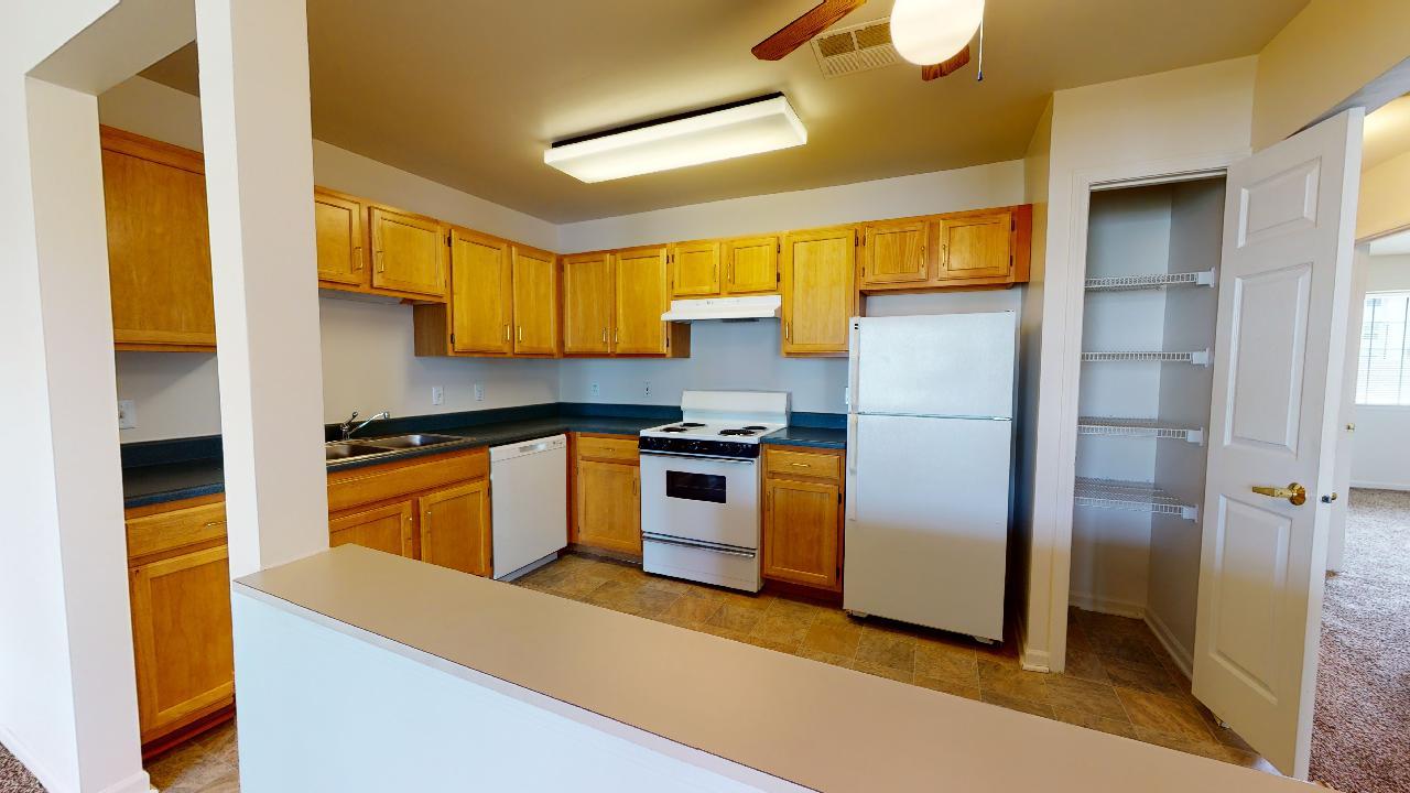 Haven-Cottage-w-Garage-Kitchen-3