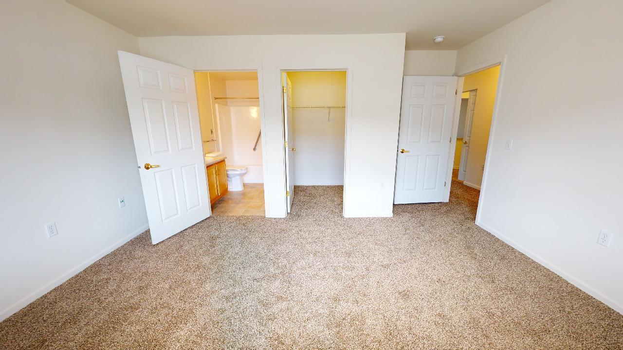 Haven-Cottage-w-Garage-Master-Bedroom-3
